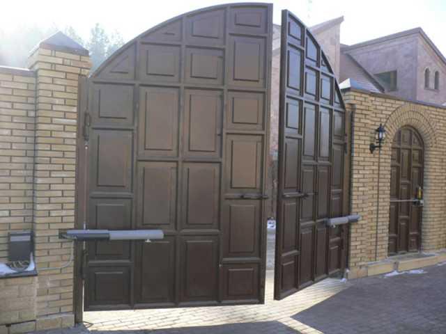 ворота в частном доме