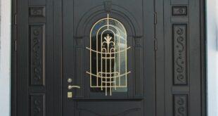 входные двери на коттедж