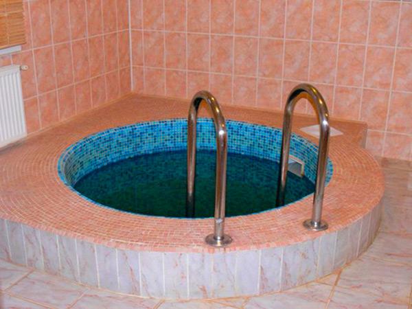 круглая купель в бане