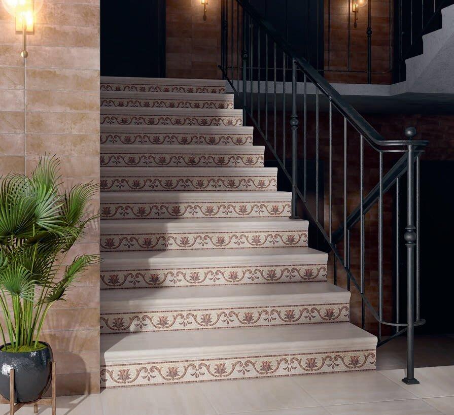 Облицовка мраморной плиткой лестницы