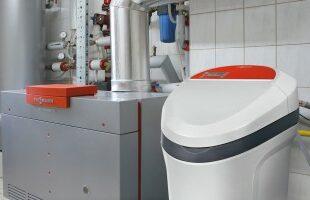Специализированная серия устройств для обработки воды из артезианских скважин, с высоким содержанием железа и марганца
